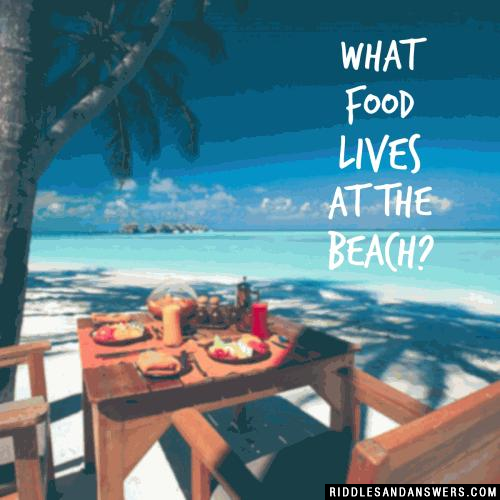 What food lives at the beach?