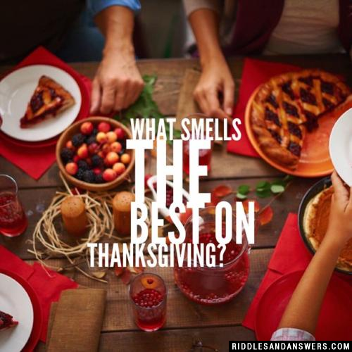 What smells the best on Thanksgiving?